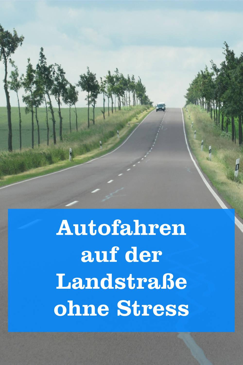 Autofahren auf Landstraße